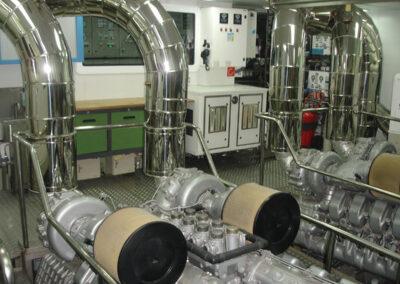 Calderería en sala de máquinas